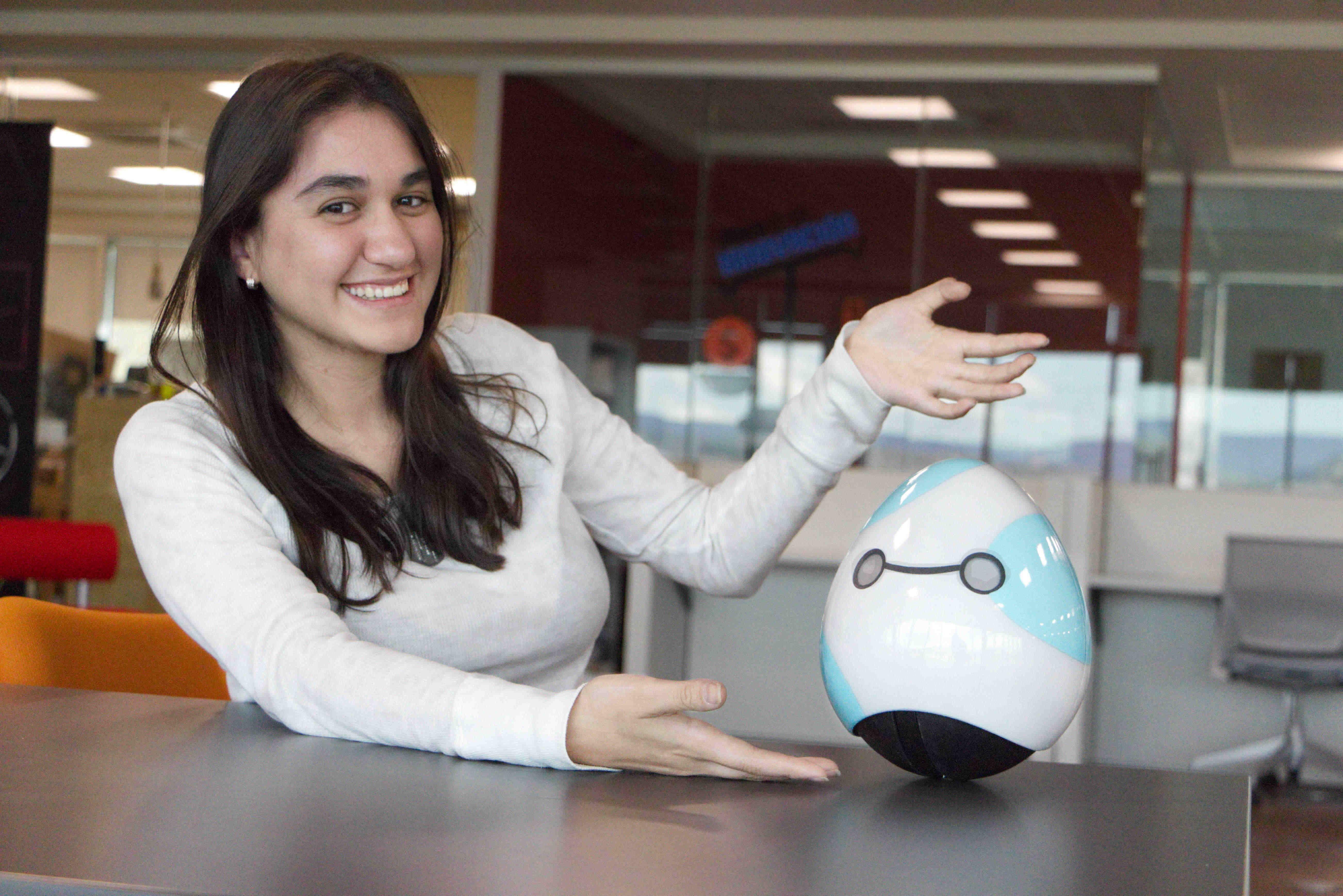 El primer robot inteligente para padres, es mexicano