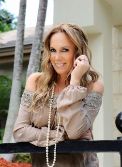Natalia Denegri es la propietaria de Trinitus Productions