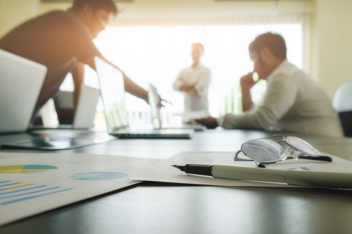 Riverbed ayuda al Despacho McCullough Robertson a mejorar la experiencia digital de los usuarios