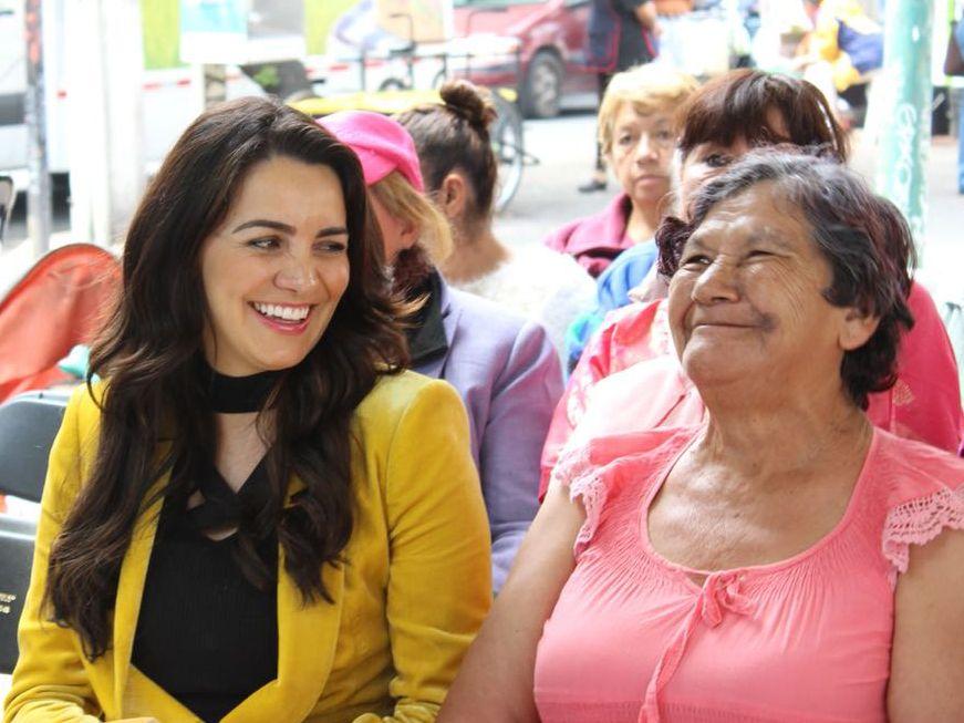 Fotografia Gaby JIménez en evento en Miguel Hidalgo