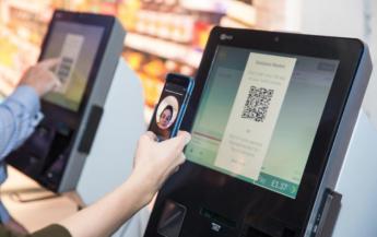 NCR automatiza la aprobación de edad en el Self-Checkout con