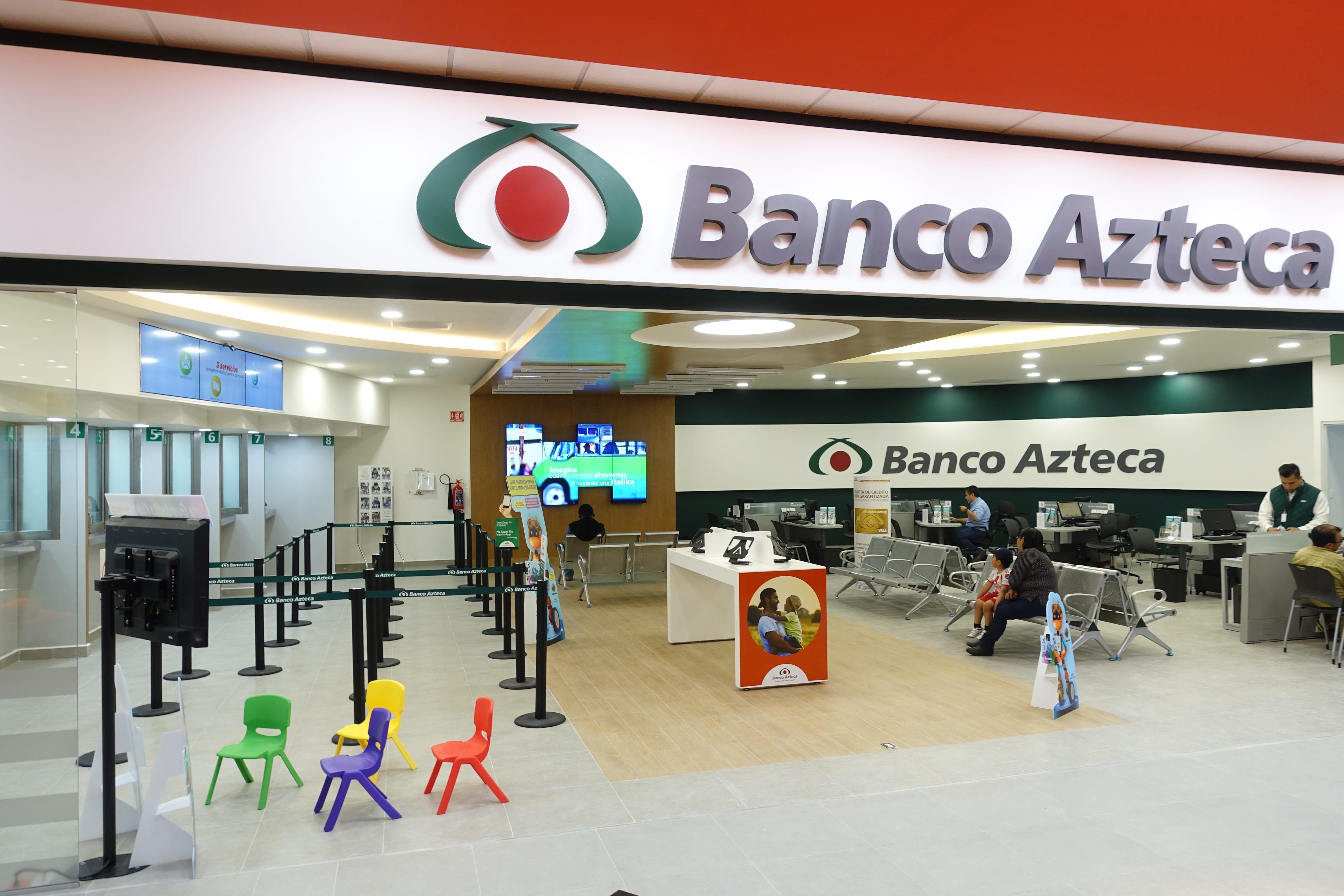 Fotografia Banco Azteca sube de posición en el ranking de los bancos