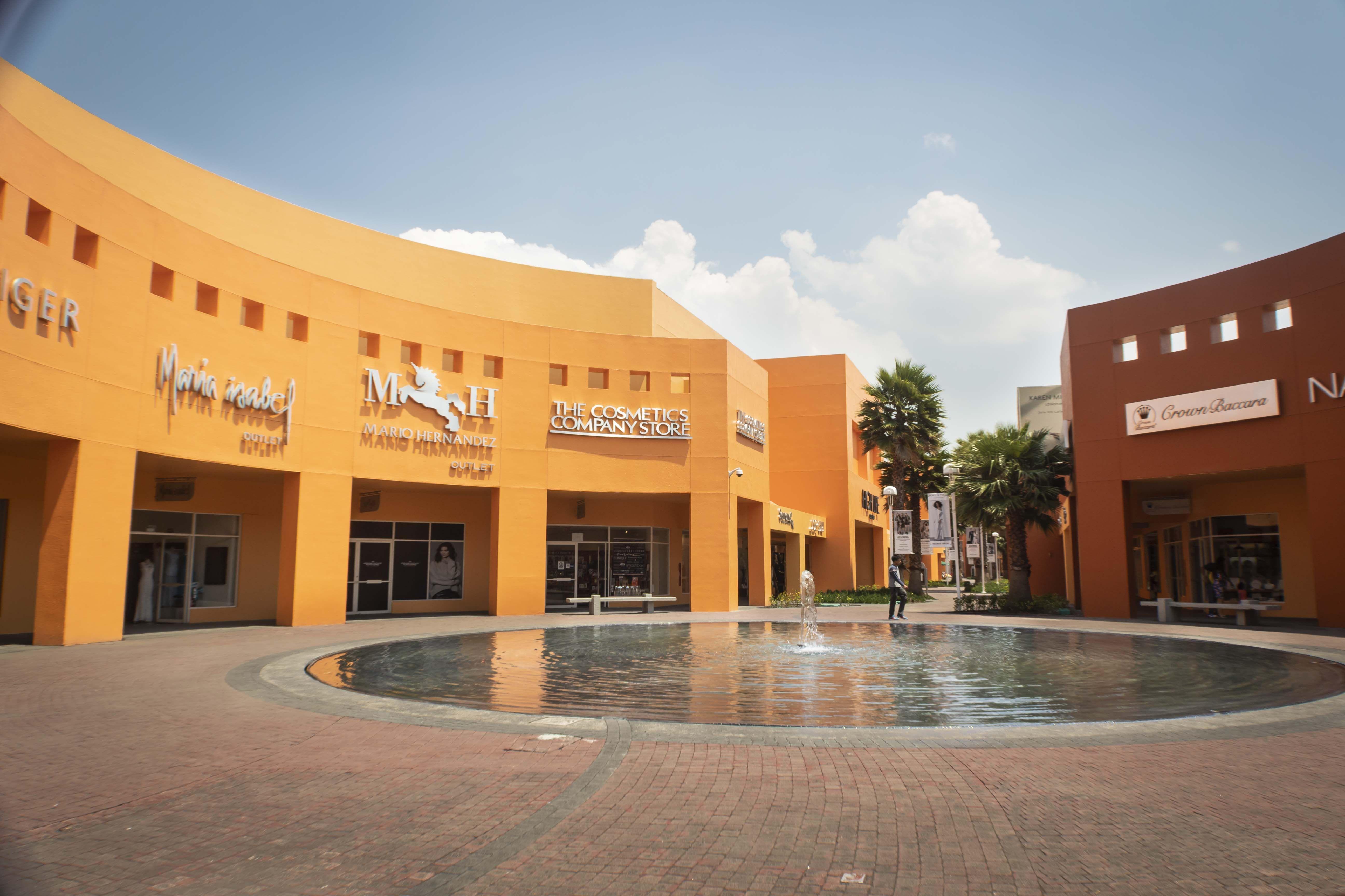 Fotografia Premium Outlets Punta Norte