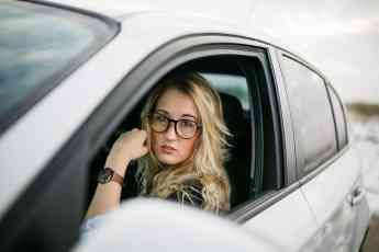 El seguro de auto podría ser más barato para las mujeres