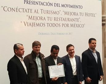 Miguel Alonso Reyes junto a Enrique de la Madrid Cordero - Impulso del desarrollo turístico en Durango
