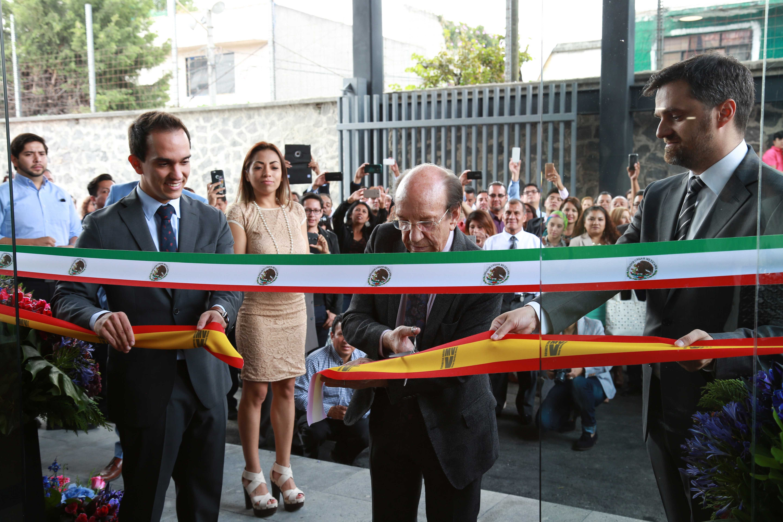Foto de Inauguración instalaciones VMV Cosmetic Group Ciudad de