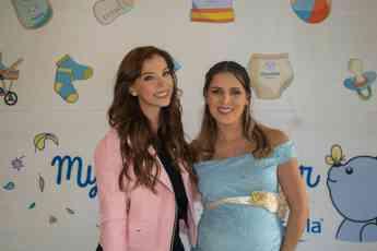 MUSTELA ofreció un Baby Shower para Adianez Hernández donde se habló acerca de la importancia del cuidado de la piel