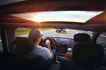 Rastreator lanza su comparador gratuito de renta de autos