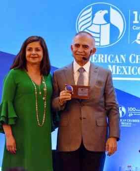 Foto de Alfonso Romo, presente en la 102 Asamblea de American