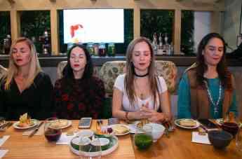 Mindful eating una forma de comer en conciencia plena