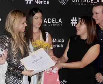 Foto de Entrega de Certificado STK México