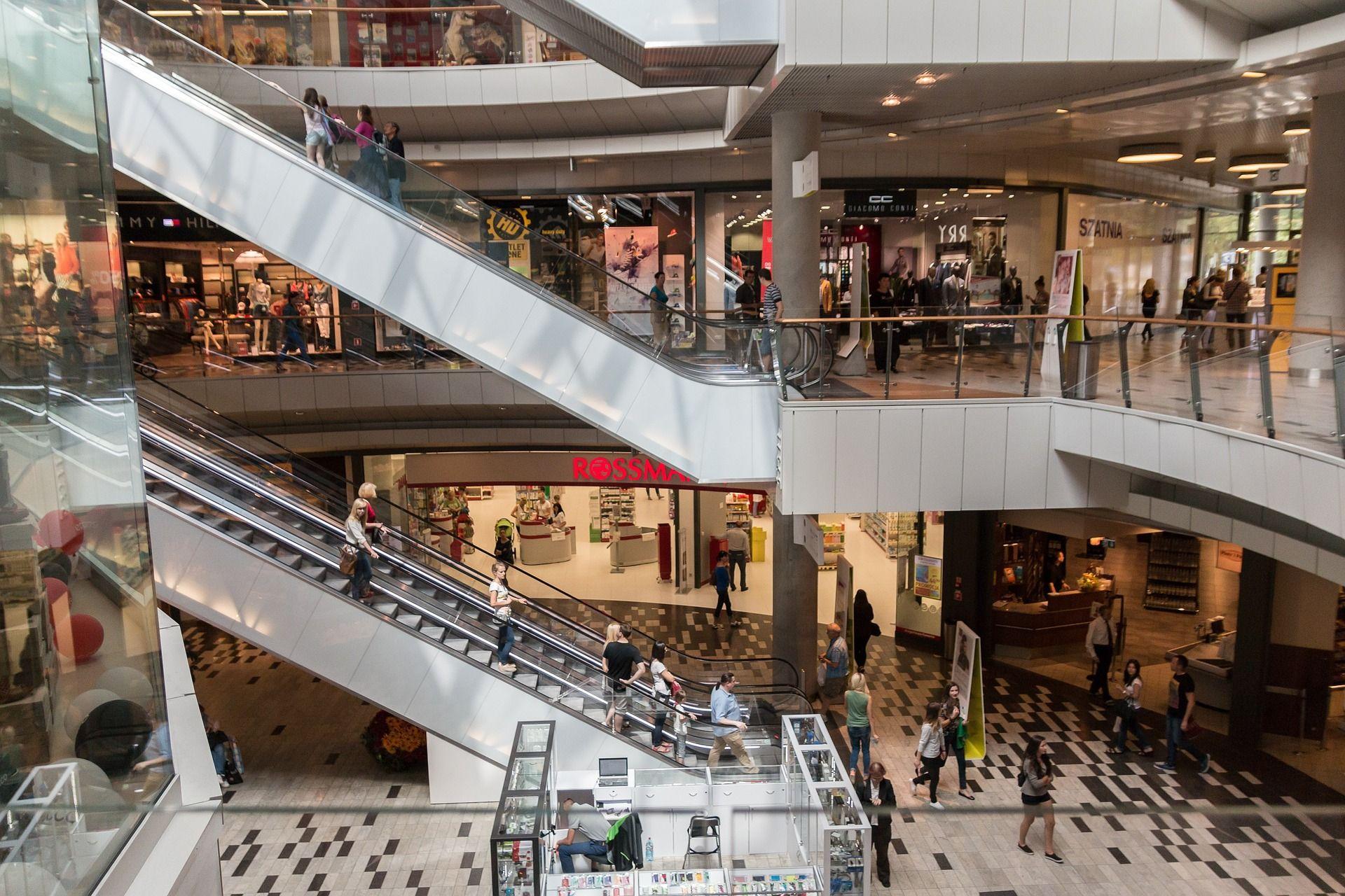 Foto de Los Centros Comerciales y tiendas transforman su estrategia