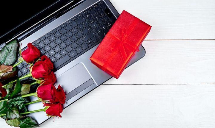 Foto de Aumentan compras en línea en San Valentín