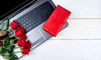 Aumentan compras en línea en San Valentín