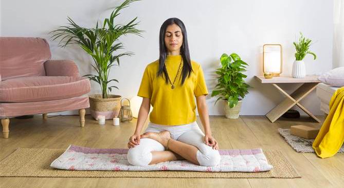 Foto de Meditación en casa