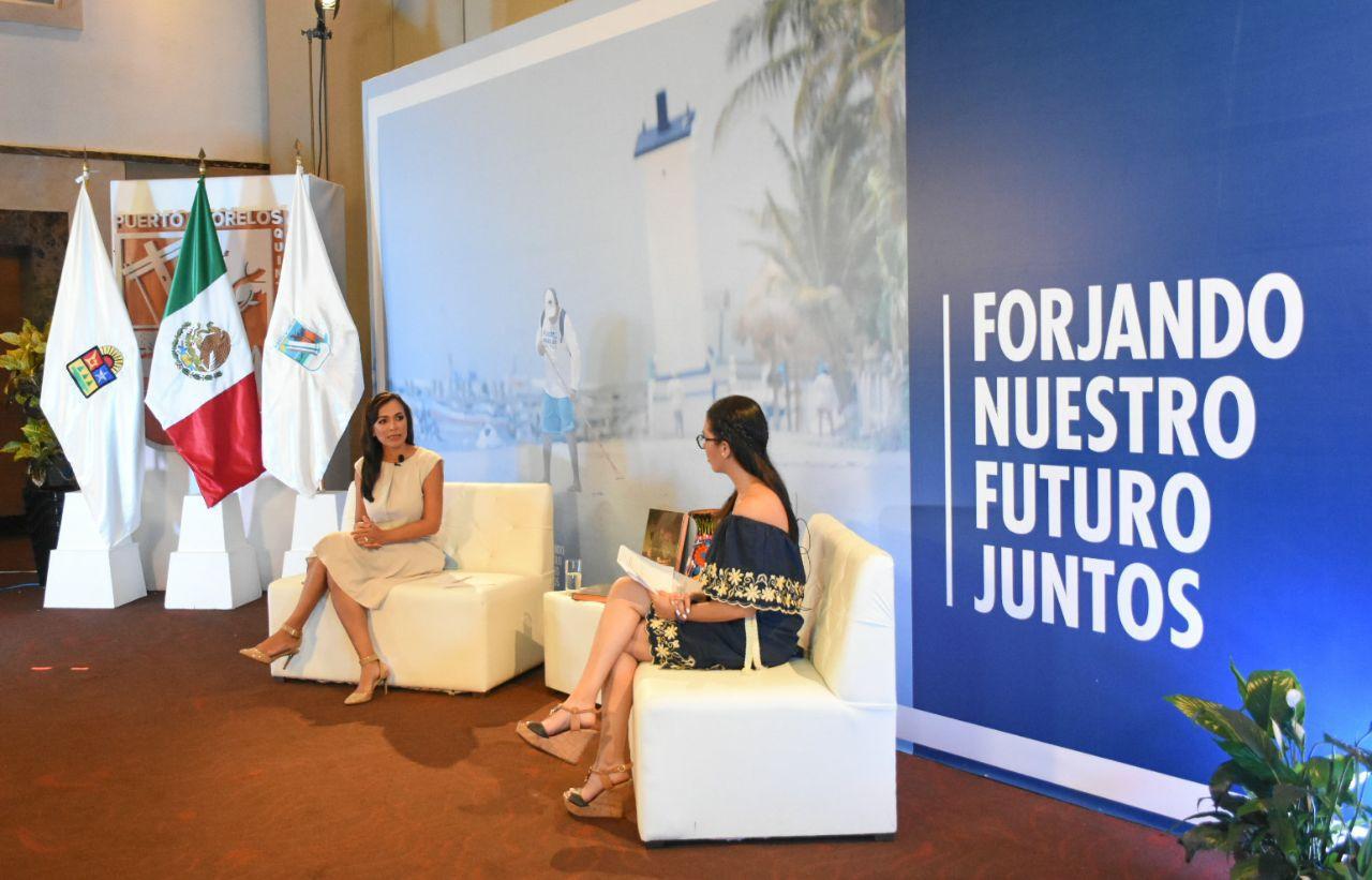 Fotografia Laura Fernández Piña, presidente municipal Puerto