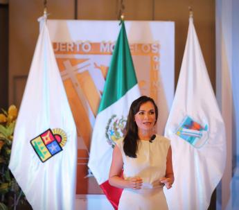 Foto de Laura Fenandez, presidenta municipal de Puerto Morelos,