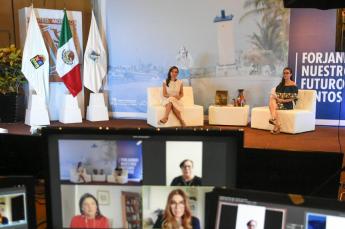 Foto de Laura Fernández Piña, Presidenta Municipal de Puerto