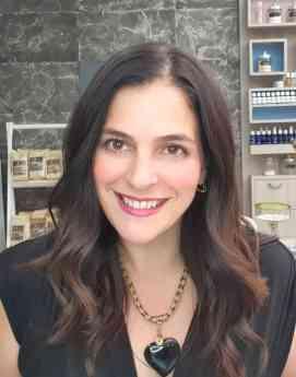 Adriana Azuara / Latinamerican Wellness Leader.