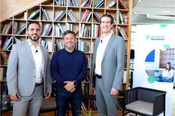 Jonatan Lozano, Claudio Hidalgo y Bruno Zepeda, participantes de la charla