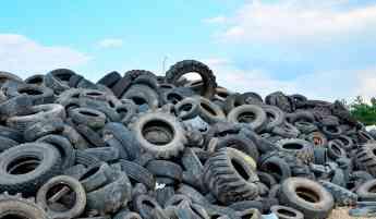 Al reciclar lasllantas se transforman en materiales nuevos que