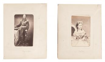 Maximiliano y Carlota posan ante su fotografo François Aubert
