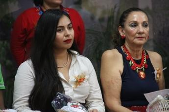 Foto de Ceremonia de condecoración Secretaría de la Mujer