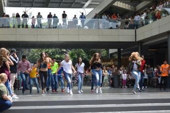 Foto de Oasis Coyoacán Se Luce Con Un Flashmob Para Celebrar El Día